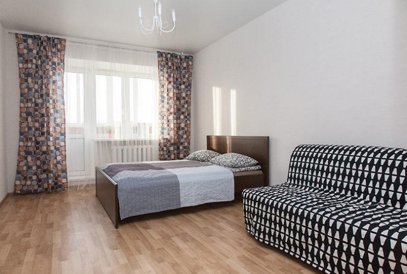 кровать и раскладной диван